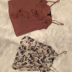 2 Tank Tops American Eagle & Forever 21
